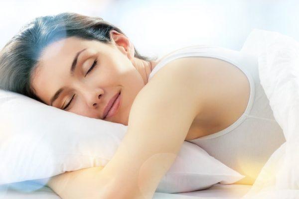 19 τροφές που θα σε βοηθήσουν να κοιμηθείς καλύτερα!