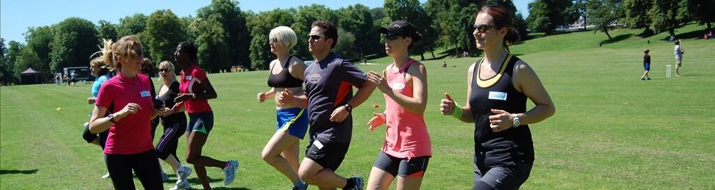 Tρέξιμο: Οι 7 λόγοι που ένας προπονητής μπορεί να σας βελτιώσει