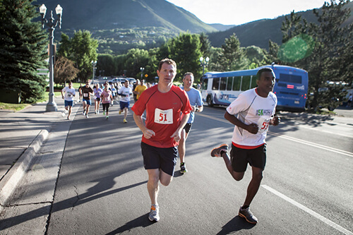 Chefs Bobby Flay and Marcus Samuelsson run in the 5K at the Aspen Food & Wine Classic, June 15, 2012. Photo by Huge Galdones/Food & Wine