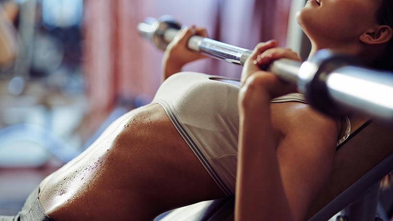 Είναι δυνατόν να σφίξει το λίπος με τη γυμναστική;