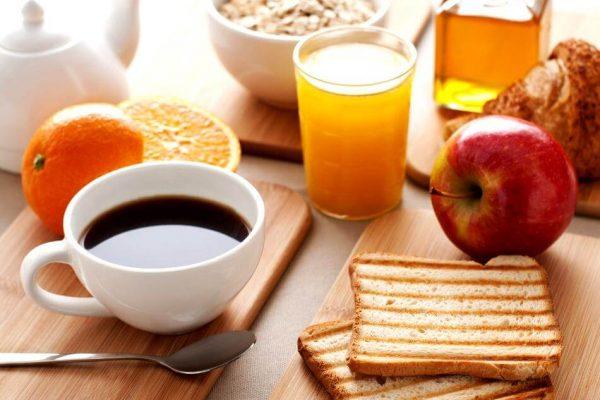 Τα λάθη που κάνετε στο πρωινό και σας παχαίνουν!