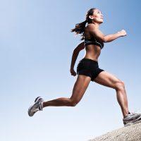 Τρέξιμο σε ανηφόρα ή κατηφόρα; Τελικά τι είναι πιο επίπονο;