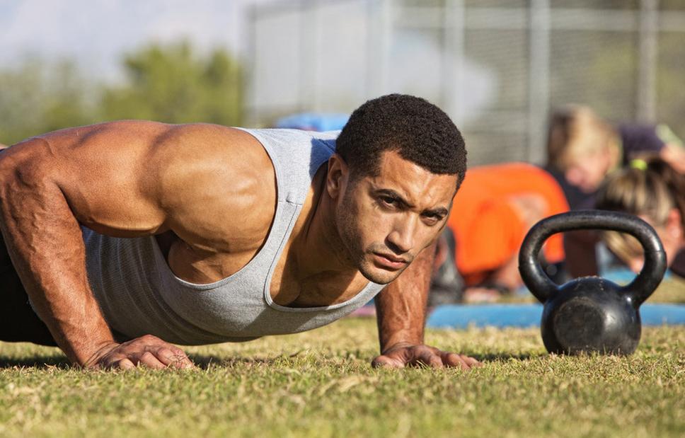 """Πως θα εκπαιδεύσετε το σώμα σας να """"κάψει"""" λίπος γρηγορότερα"""