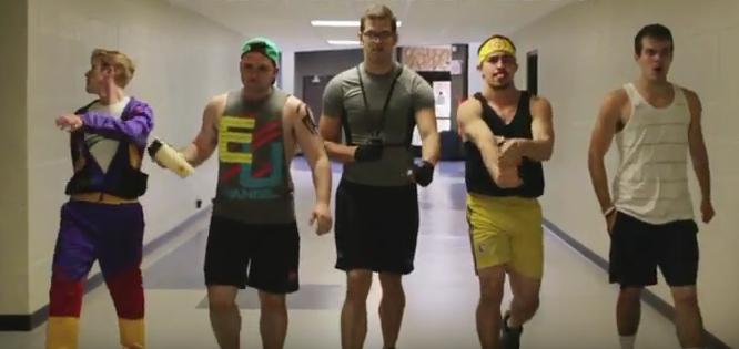Ο τύπος στο γυμναστήριο που δεν πρέπει να γίνεις ποτέ (video)