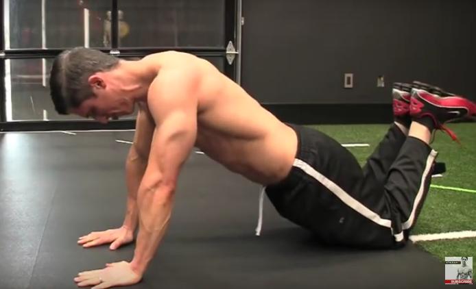 Επτά εκρηκτικές ασκήσεις για όλο το σώμα που γίνονται παντού (video)
