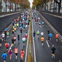 Οι Μαραθώνιοι βλάπτουν σοβαρά την υγεία όσων δεν τρέχουν!
