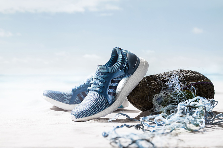 d86e40e1616 H adidas παρουσιάζει την Parley έκδοση των μοντέλων UltraBOOST, UltraBOOST  X και UltraBOOST Uncaged, σε μοναδικές αποχρώσεις του μπλε, εμπνευσμένες  από τα ...