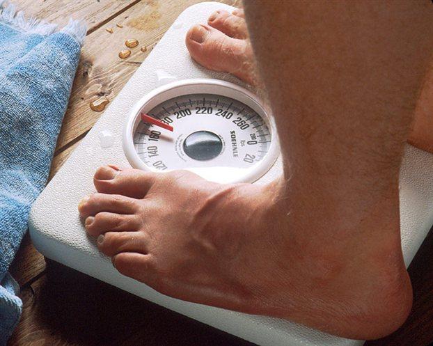 Το ότι ζυγίζεις λιγότερο, δεν σημαίνει ότι είσαι και πιο υγιής!