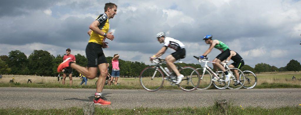 25 λόγοι για τους οποίους οι δρομείς θεωρούν το τρέξιμο καλύτερο από το ποδήλατο