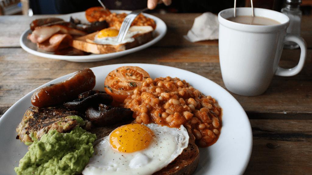 Μπορεί το... διπλό πρωινό να οδηγήσει σε απώλεια βάρους;