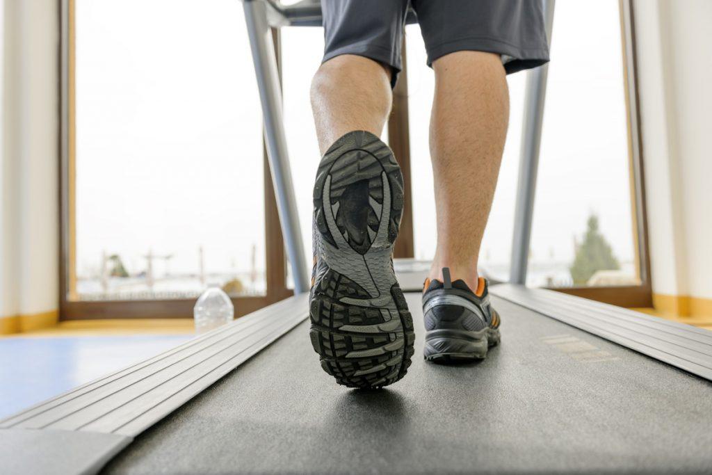 Τρεις διαφορετικού τύπου προπονήσεις για καύση λίπους στον διάδρομο