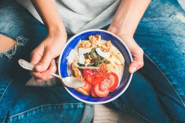 """Με αυτές τις τροφές θα """"ξυπνήσετε"""" τον μεταβολισμό σας"""