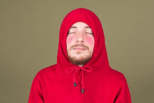 Γιατί το πρόσωπό σας γίνεται κόκκινο μετά την άσκηση;