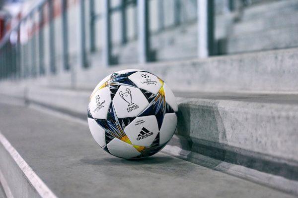 Adidas: Η μπάλα της knockout φάσης του UEFA Champions League