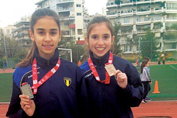 """Οι """"μικρές κυρίες"""" Ηλιάνα και Γλυκερία """"τρέχουν"""" στο runnfun.gr (video)"""