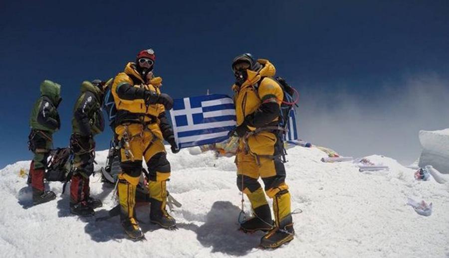 Ο Αντώνης Συκάρης στο runnfun.gr πριν την αποστολή στην 3η ψηλότερη κορυφή του κόσμου!