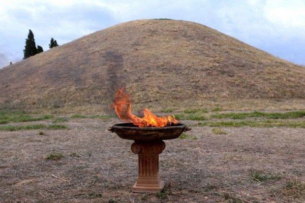 Η φλόγα του Αυθεντικού Μαραθωνίου φωτίζει τον Μαραθώνιο στο Μεξικό!