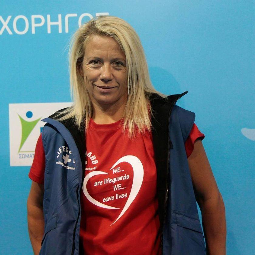 H Μάνια Μπικόφ πρέσβειρα του 4ου Κολυμβητικού Διάπλου «Θυμάμαι το Σάμινα»