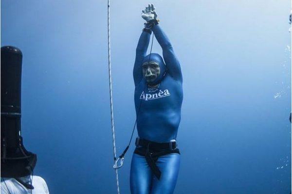 Πρεμιέρα με ρεκόρ και «Απέραντο Γαλάζιο»