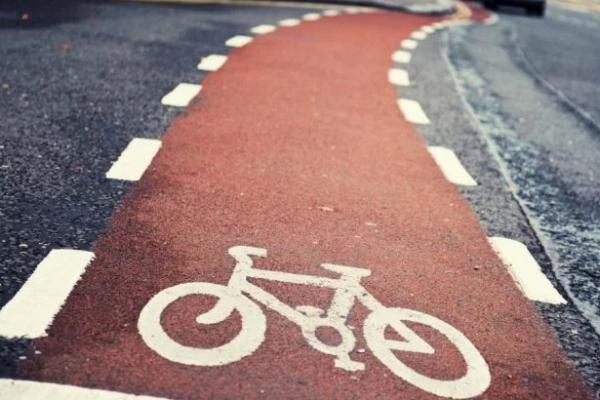 Στην Μπολόνια κερνάνε μπύρα όποιον μετακινείται με ποδήλατο! (vd)