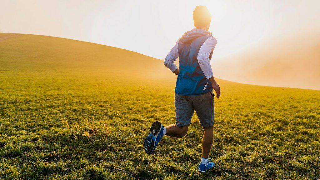 Πρωινή ή απογευματινή προπόνηση; Τι είναι προτιμότερο αν θέλεις να χάσεις βάρος;