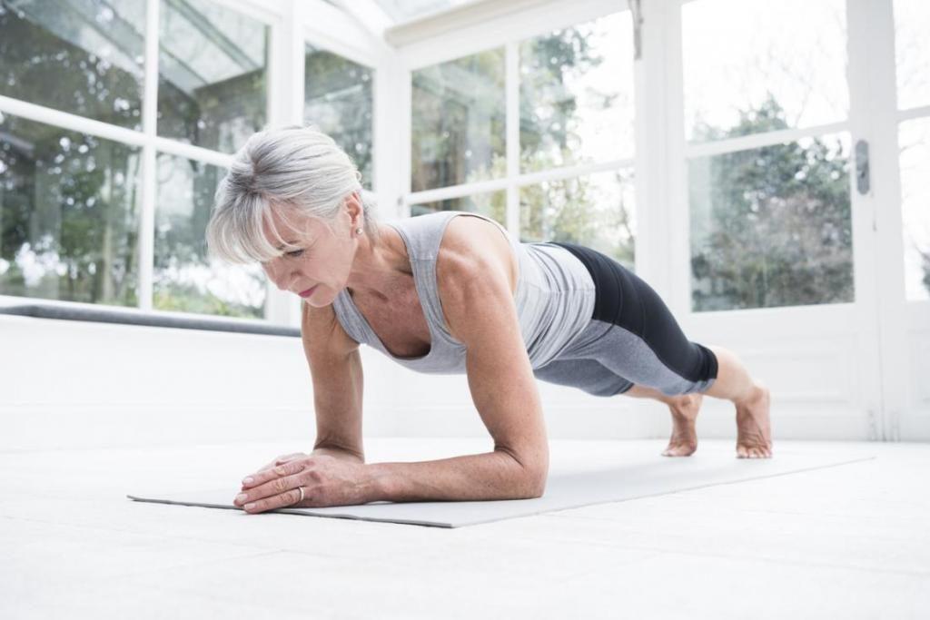 Οι ψηλές γυναίκες που ασκούνται έχουν περισσότερες πιθανότητες να φθάσουν τα 90 έτη
