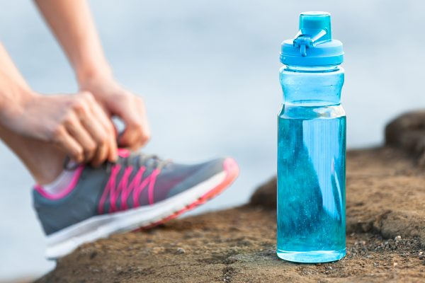 Πόσο επιβλαβές για την υγεία μπορεί να είναι το παγούρι της προπόνησης;
