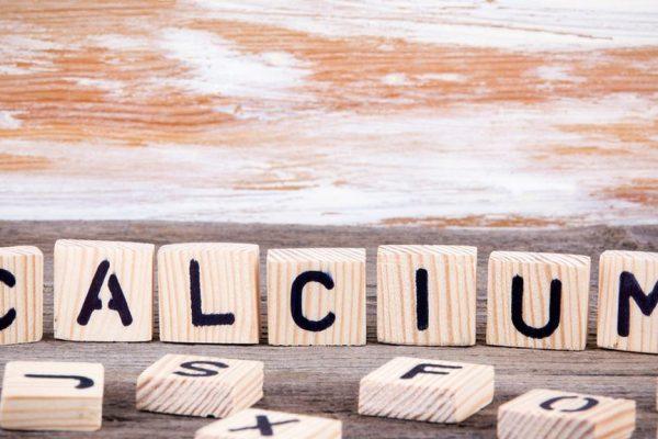 Πέντε σημάδια που δείχνουν ότι δεν λαμβάνετε αρκετό ασβέστιο
