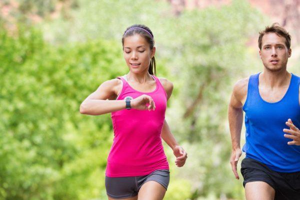 Πόσο κενό πρέπει να αφήνουμε ανάμεσα στο φαγητό και το τρέξιμο;
