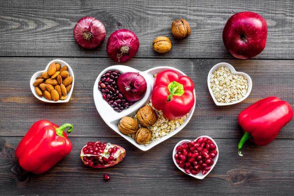 Σοκάρει έρευνα για την καρδιακή υγεία: Ένας στους πέντε δεν γνωρίζει τη σημασία της διατροφής!