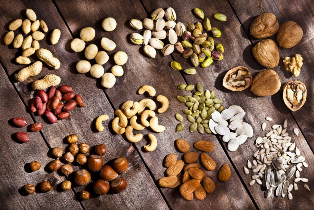 Τα καλύτερα είδη ξηρών καρπών για την υγεία