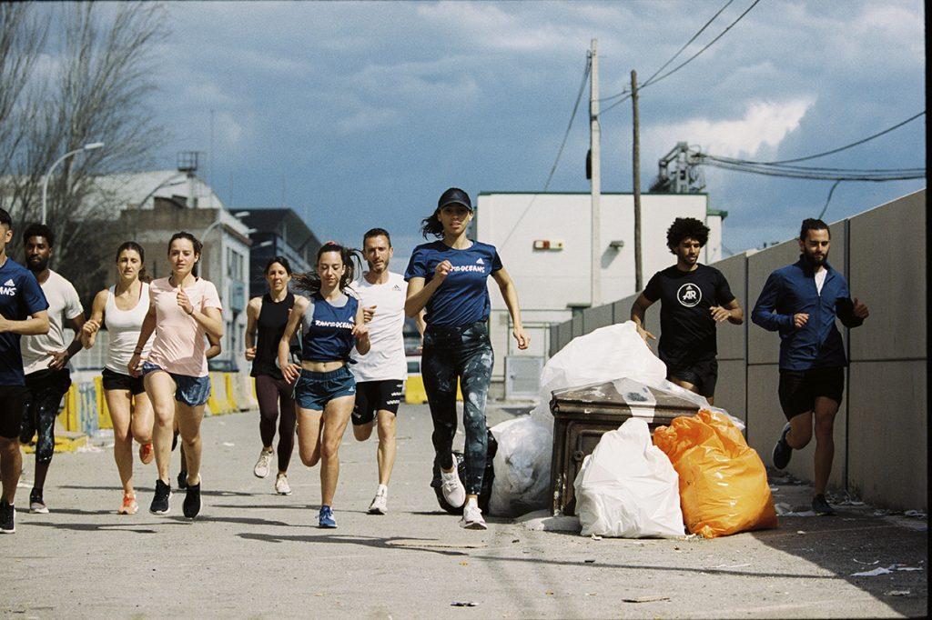Η adidas συγκεντρώνει 1,5 εκατ. ευρώ για τους ωκεανούς τρέχοντας!