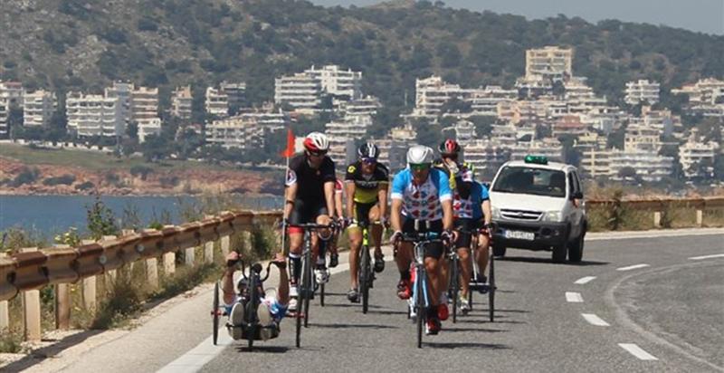Όλοι ίσοι όλοι διαφορετικοί:1η ποδηλατική βόλτα αθλητών Ιωνά και φίλων (vid)