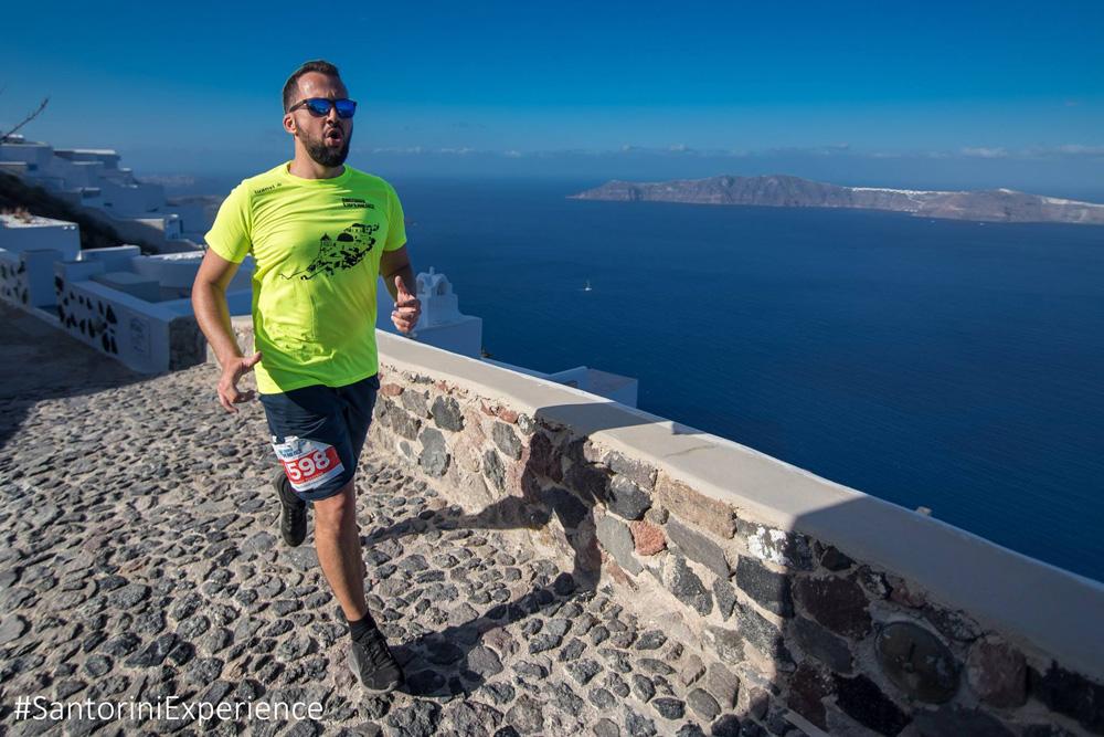 Τρέξε με θέα την Καλντέρα στο 5ο Santorini Experience