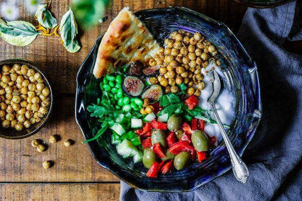 Πεντανόστιμα vegan γεύματα με όσες πρωτεΐνες έχει ένα στήθος κοτόπουλου