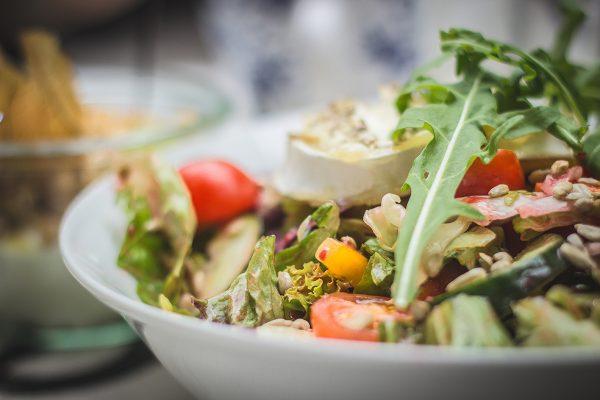 Είναι όλες οι σαλάτες θρεπτικές και υγιεινές;