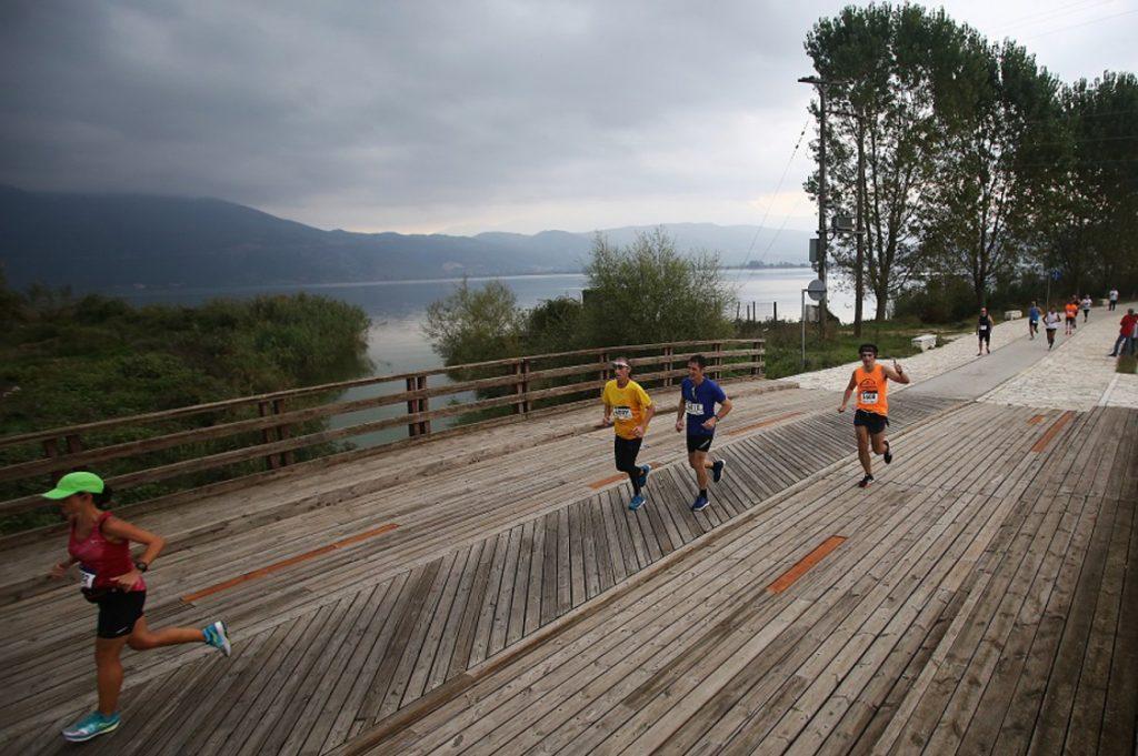 Γιατί πρέπει να τρέξεις στον 13ο Γύρο Λίμνης Ιωαννίνων; (vid)