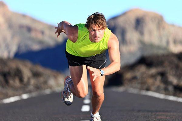 Mέγιστη καρδιακή συχνότητα: Πως υπολογίζεται και σε τι χρησιμεύει στην προπόνηση
