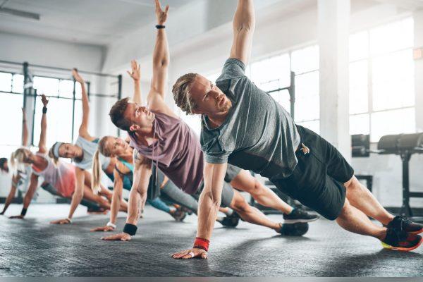 Συνδυασμός ασκήσεων για τέλειους κοιλιακούς