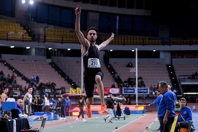 Πανελλήνιο Πρωτάθλημα: Ο Τεντόγλου έπιασε κορυφή με το άλμα στα 8,26 μέτρα